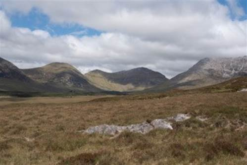 Barr Na nOran Valley