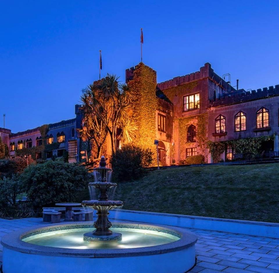 Abbeyglen Castle in Connemara nighttime