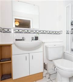 Trinity Court Bathroom