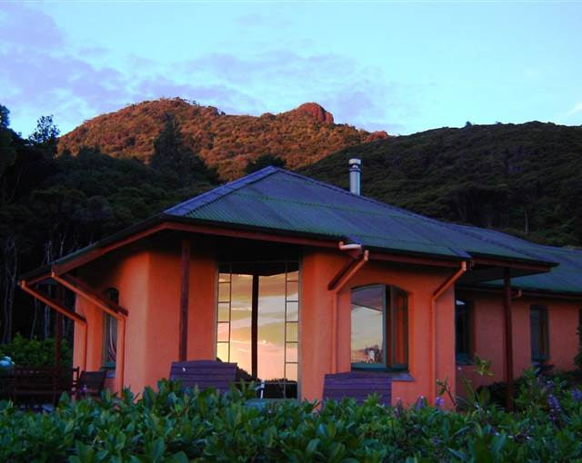 earthsong Lodge at sunset hi