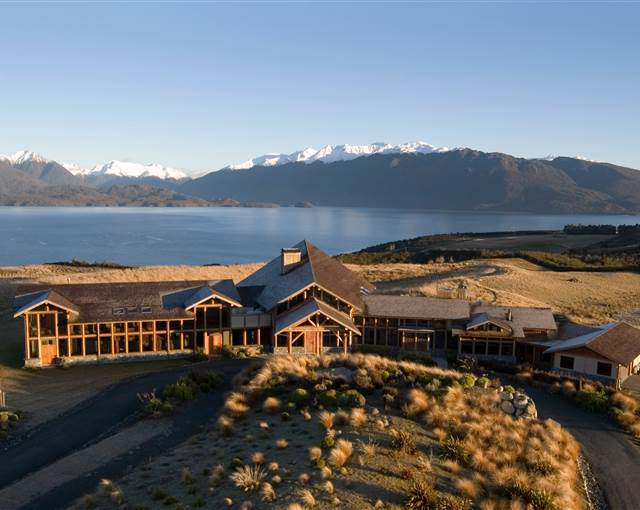 fiordland lodge front