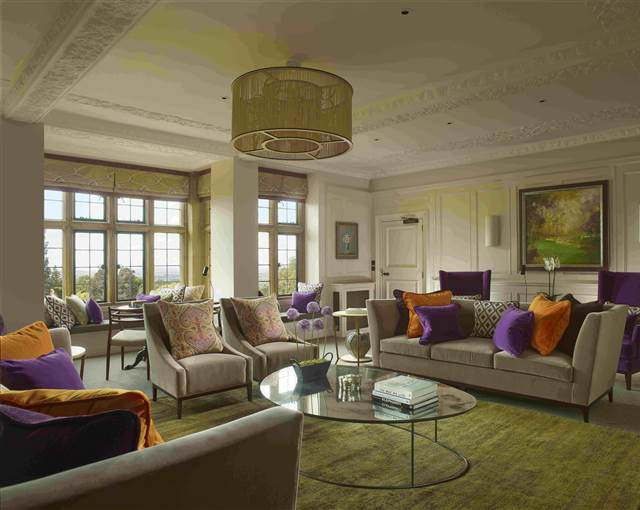 foxhill manor lounge