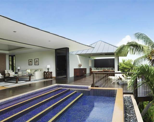 Raffles Seychelles Panel