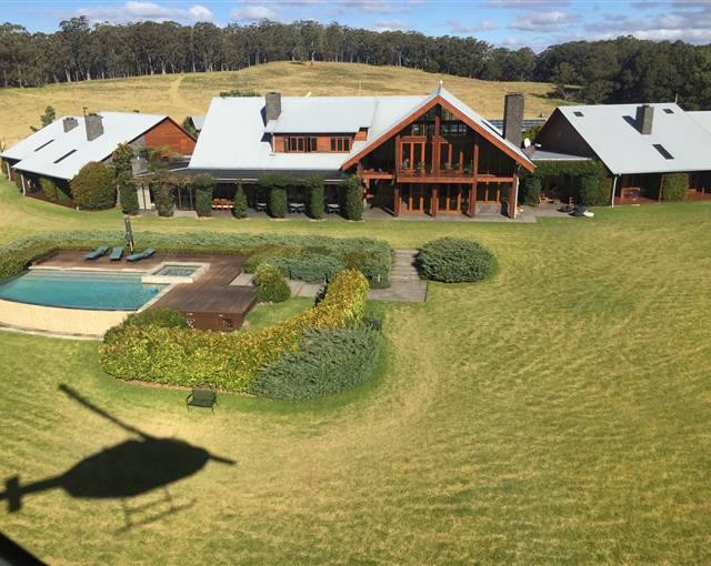 spicers peak lodge  aerial helicopter