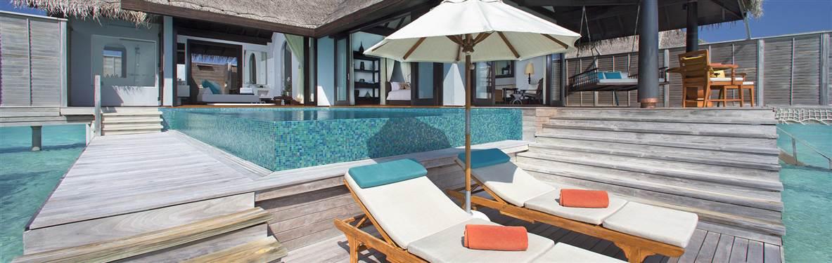 anantara kihavah pool villa deck
