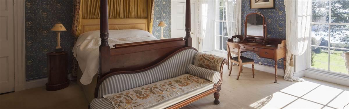 hilton park bedroom