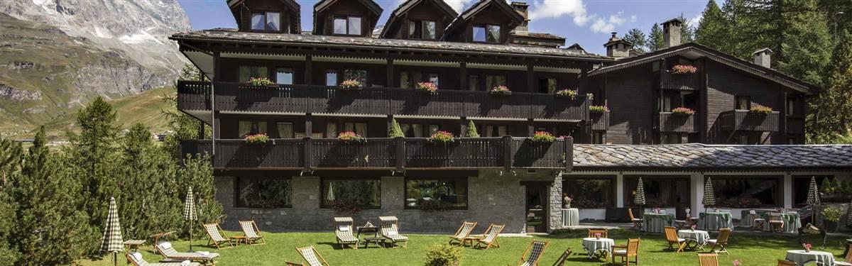 hotel hermitage cervina summer