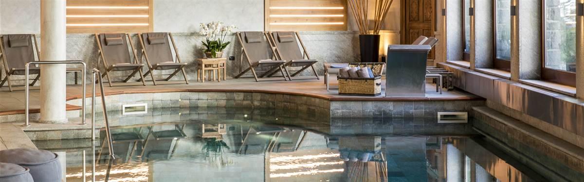 hotel hermitage cervina swimmingpool