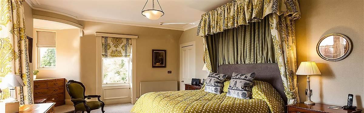 bedroom cromlix