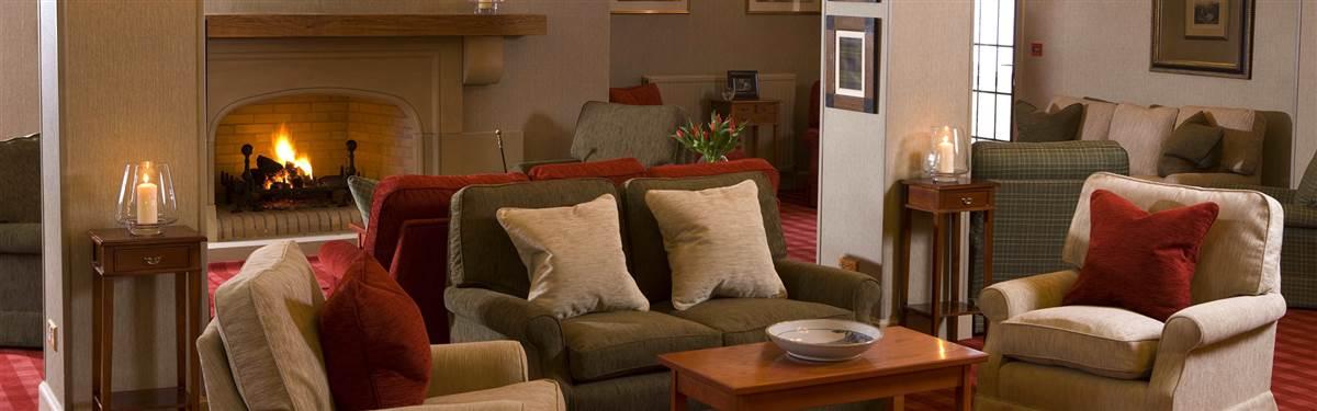 inver lodge hotel lounge