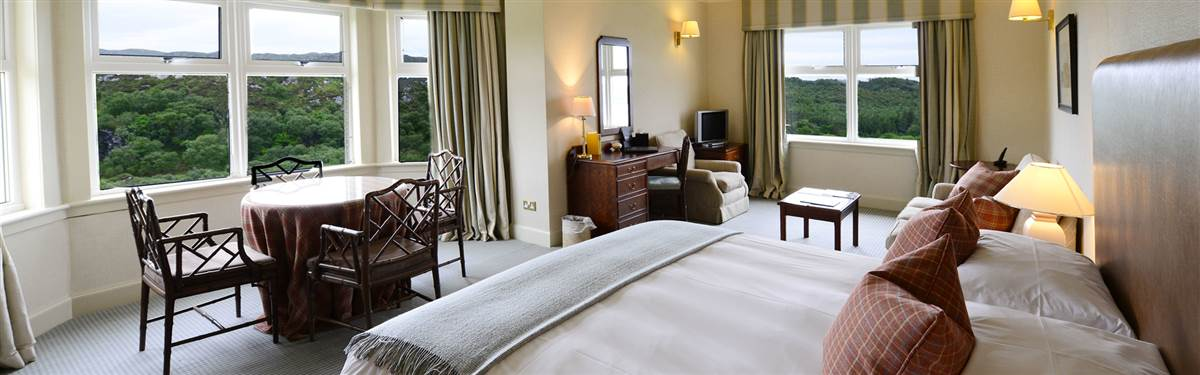 inver lodge hotel suite