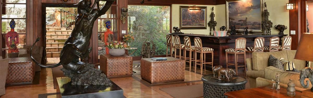 mateya safari lodge lounge bar