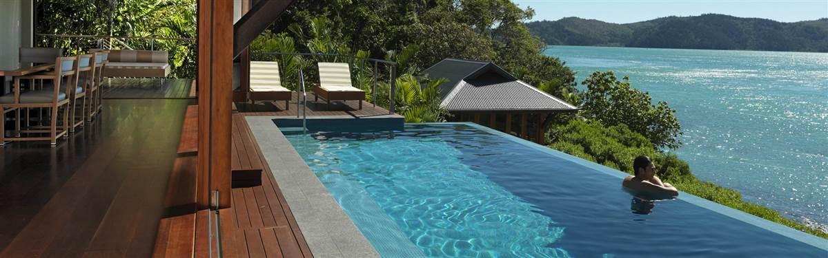 qualia hamilton island australia-outdoor pool