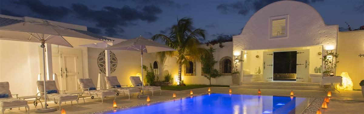 santorini   swimming pool 2
