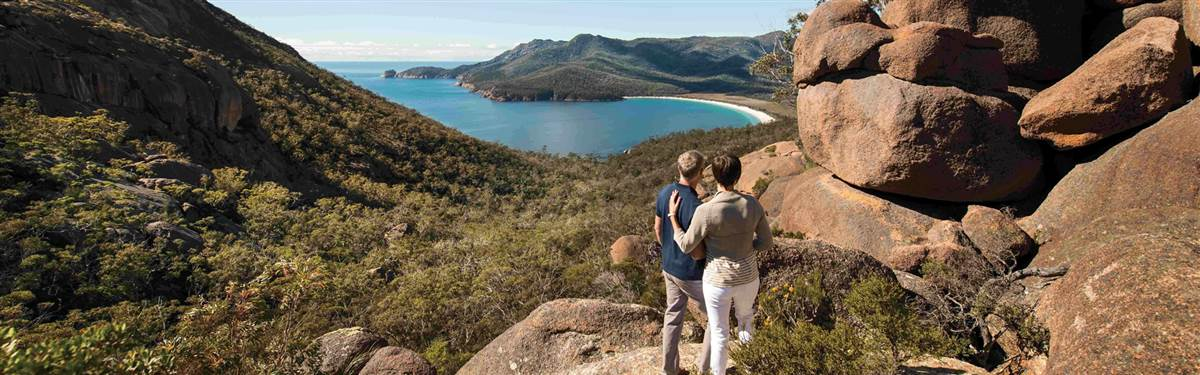 saffire freycinet  wineglass bay walk