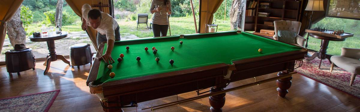 sand river masai mara gaming room