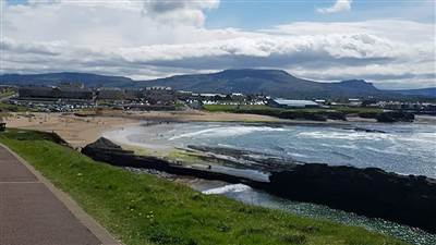 Allingham Arms - Bundoran View