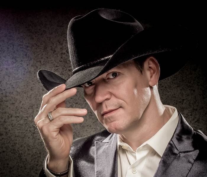 Robert Mizzell, John Mc Nicholl & The Indians