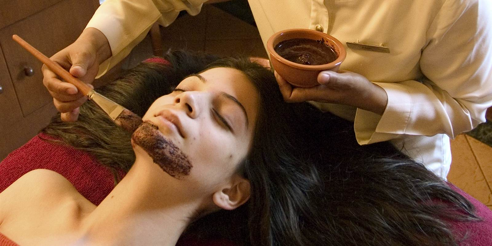 Facial Treatments in Ananda luxury Spa in The Himalayas