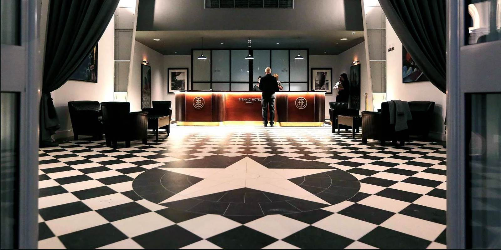 Titanic Hotel Belfast Room2 lg