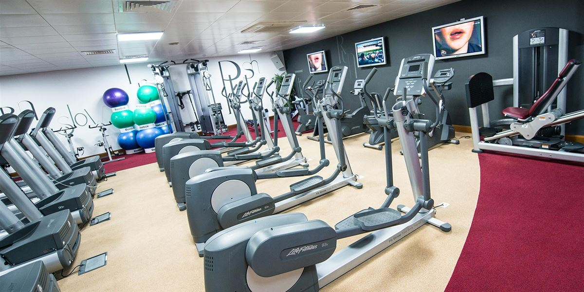Hotels with Leisure Facilities