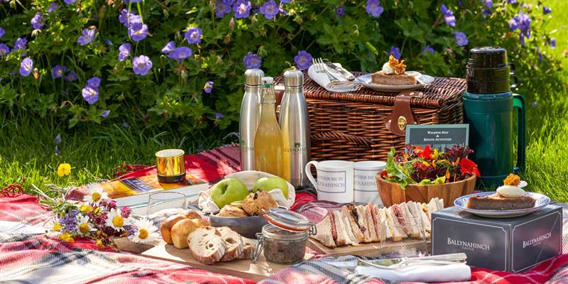 Picnics at Ballynahinch Castle