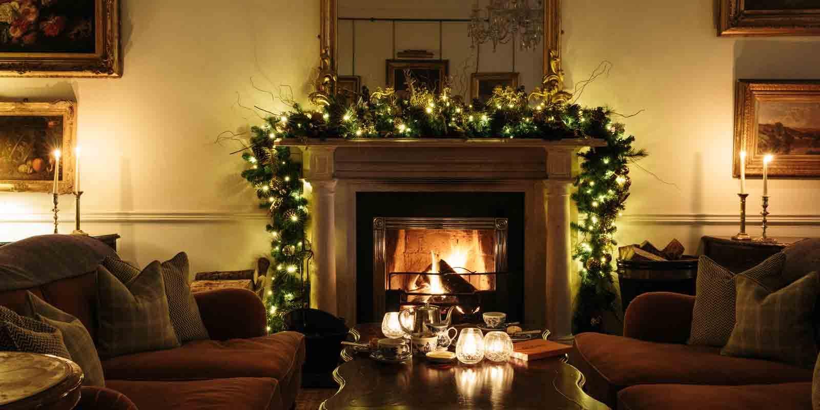 Ballynahinch Hunts Room at Christmas