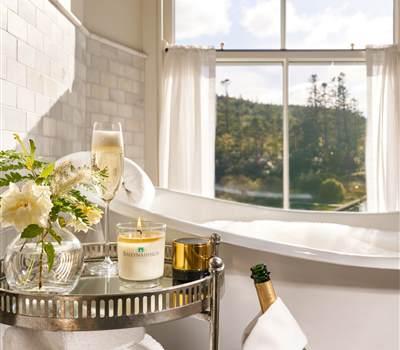 Champagne Bath 4500px-2 r
