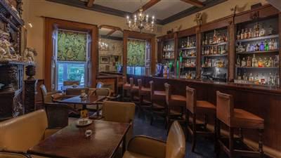 Pappys bar, Ballyseede Castle