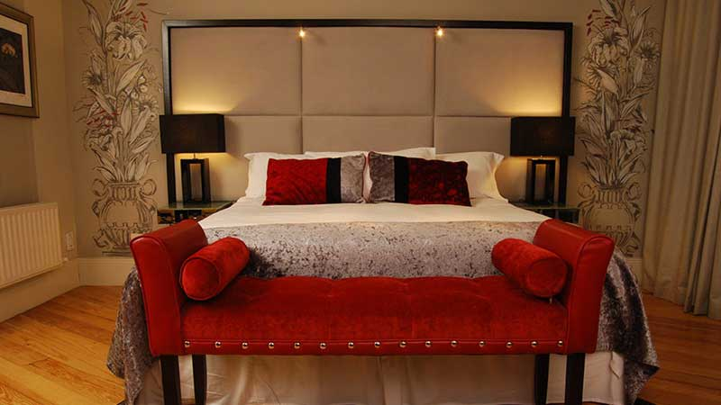 Boutique Deluxe Single Room At Benedicts of Belfast