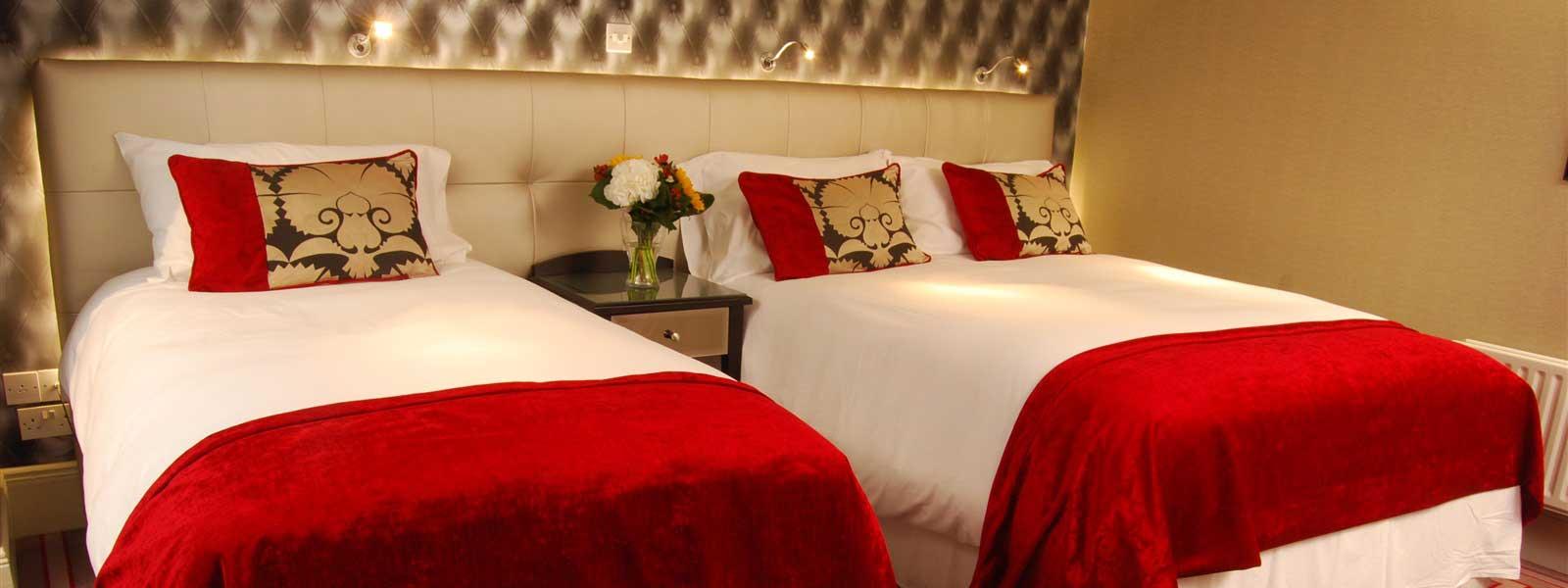 Deluxe Triple in Blefast Hotel with Breakfast