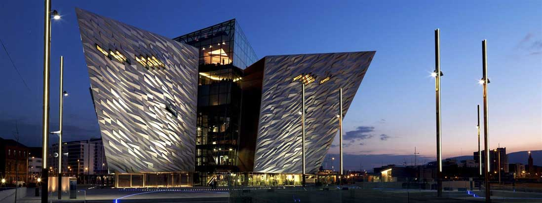 Hotel near Titanic Belfast Benedicts Location