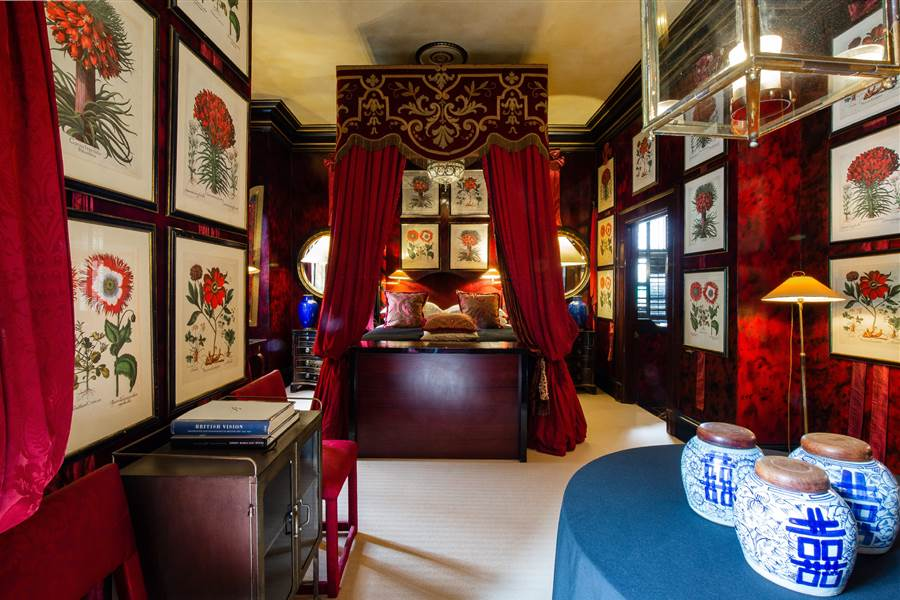 Hempel Suite - Cardinal Suite