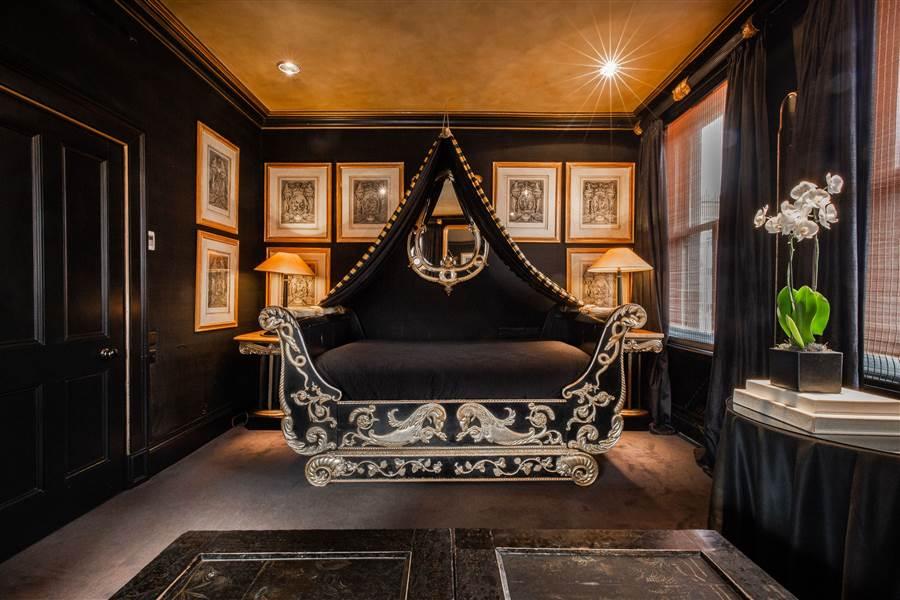 Signature Double - Josephine Room