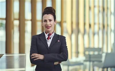 Gibair - Employee at Reception