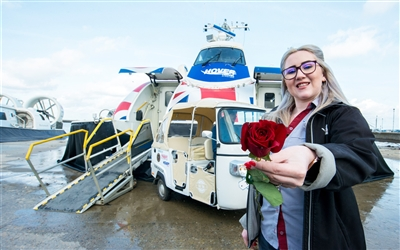 Hovertravel val