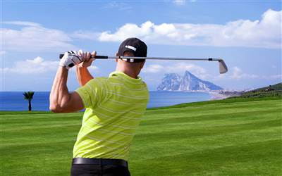 Blands Travel  -  Tee up with your team