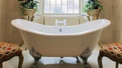 Castle Bedroom Bath