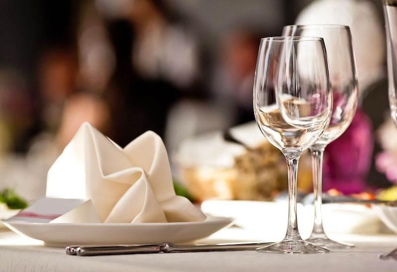 Cabra Castle dining