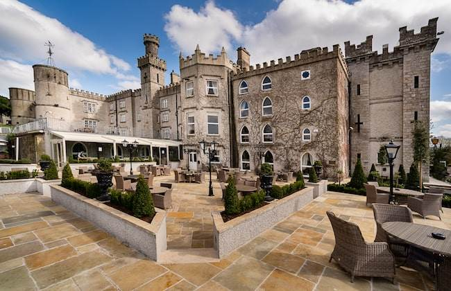 2 B&B in a Courtyard Room & €40.00 Restaurant Credit €220.00 Per Person