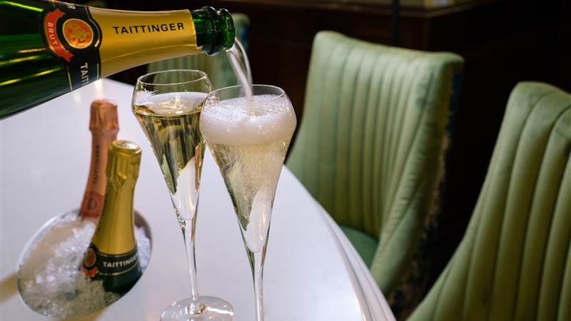 luxury 5-star hotel drinks at Chester Grosvenor