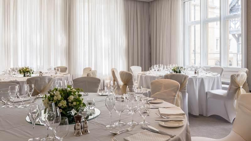 Wedding Dinner in Luxury Wedding Venue in Chester