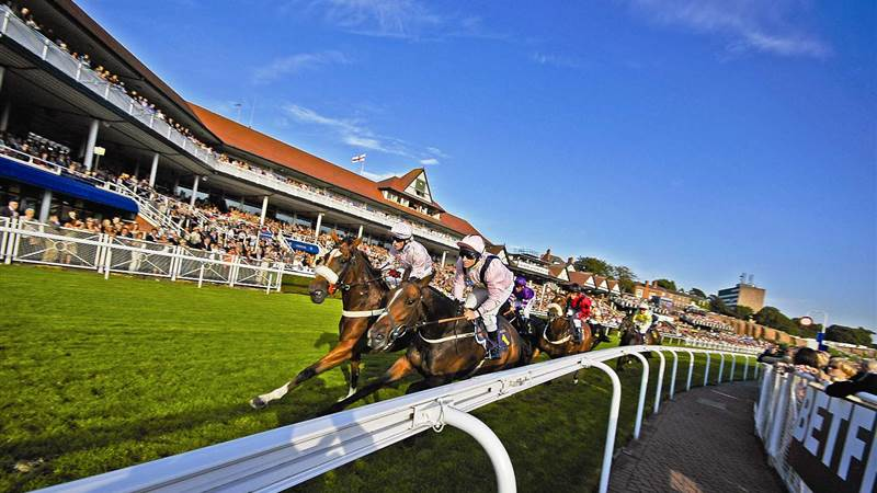 May Races at La Brasserie