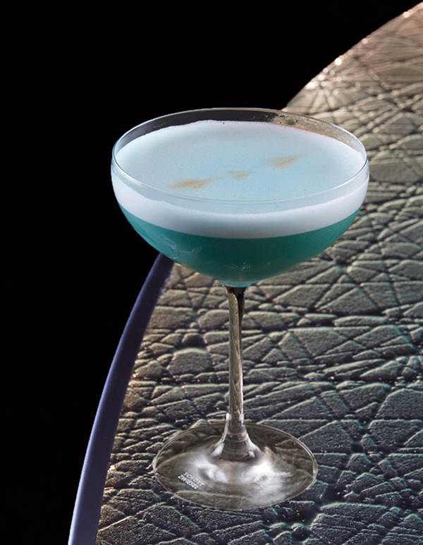 Blue Sour Van Cocktail
