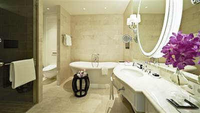 Bathroom_Royal_Suite