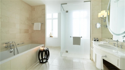 Bathroom Themed Suite