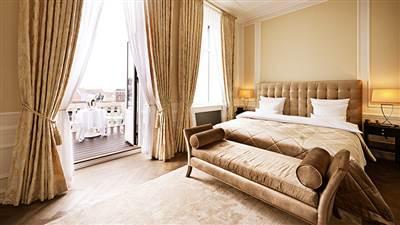 Bedroom 1 floor 1