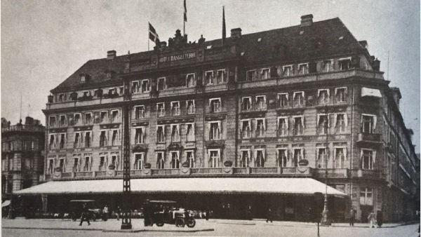 1915b