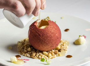 Apple Crumble at Ormer Mayfair