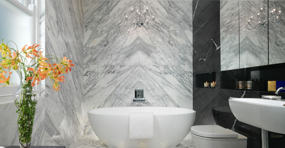 One Bed Apartment Bathroom